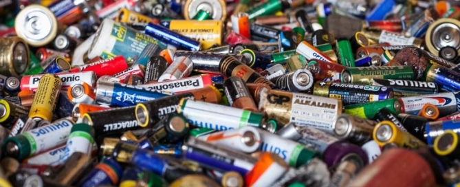 Baterijų-atliekos-1024x683